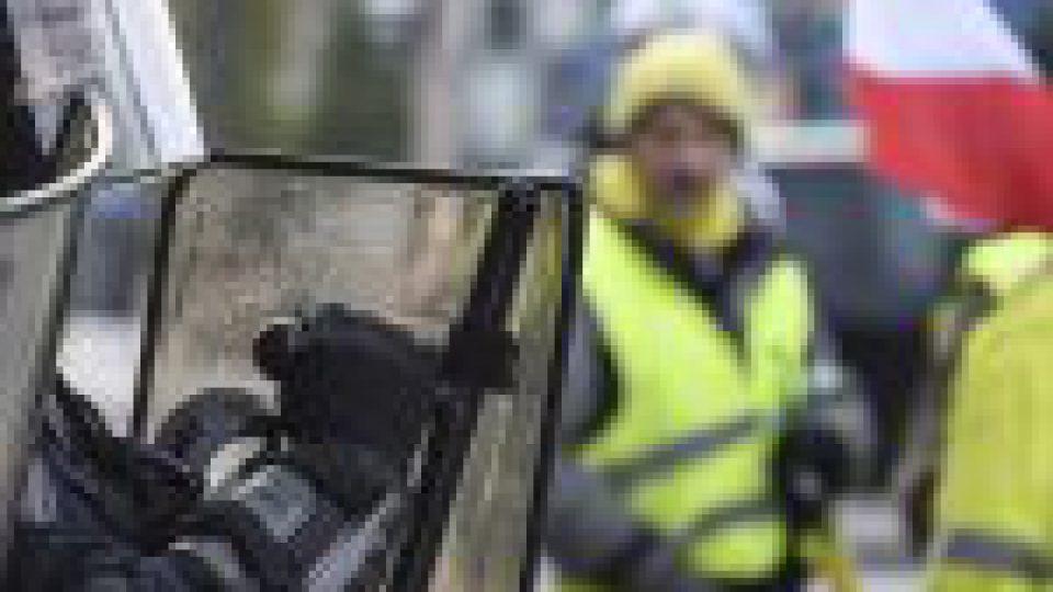 Violences dans un Burger King en 2018 à Paris: trois CRS en garde à vue